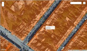 Screenshot at street level